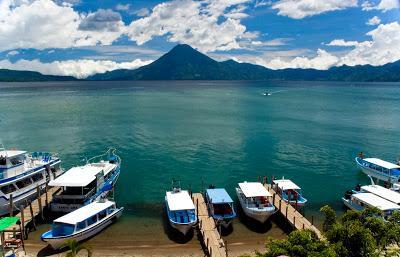 panajachel-and-lake-atitlan-guatemala-L-w4JvsO